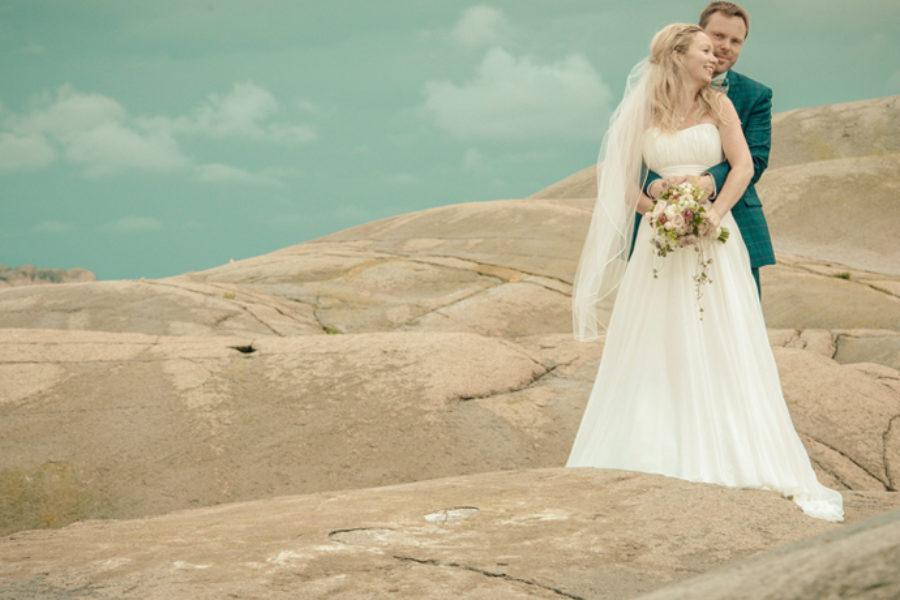 """Bryllupsfotografering i Hvasser Kirke – """"Camilla & Magnus"""""""